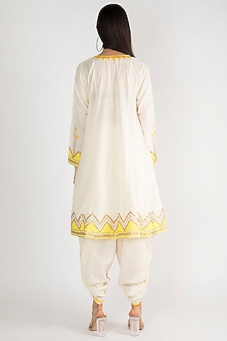 Off White Gota Embroidered Kurta by Gulabo By Abu Sandeep