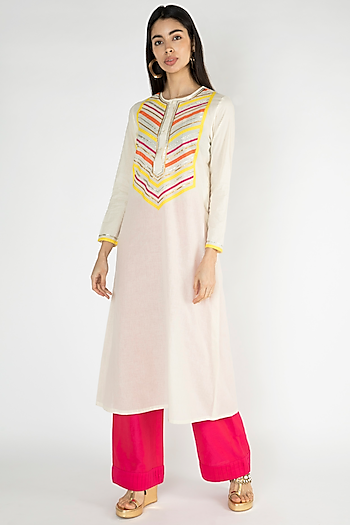 Off White Gota Embellished Kurta by Gulabo By Abu Sandeep