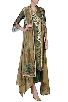 Green Embroidered Kurta Set by Shashank Arya