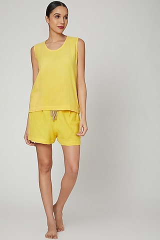 Yellow Top With Shorts by Stitch