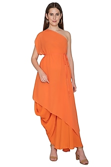 Peach Two Layered One Shoulder Set With Belt by Stephany