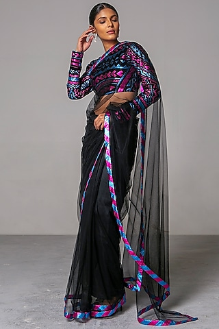 Fuchsia Embroidered Saree Set by Siddartha Tytler