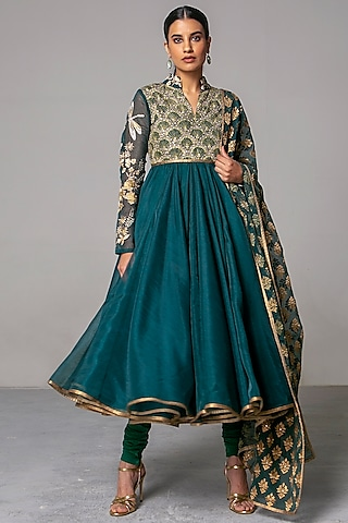 Emerald Green Embroidered Anarkali Set by Siddartha Tytler