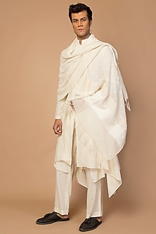 Ivory Hand Embroidered Men's Dupatta by Siddartha Tytler Men