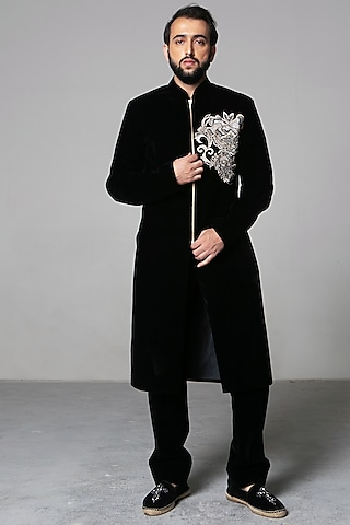 Black Zari Sherwani Set by Siddartha Tytler Men