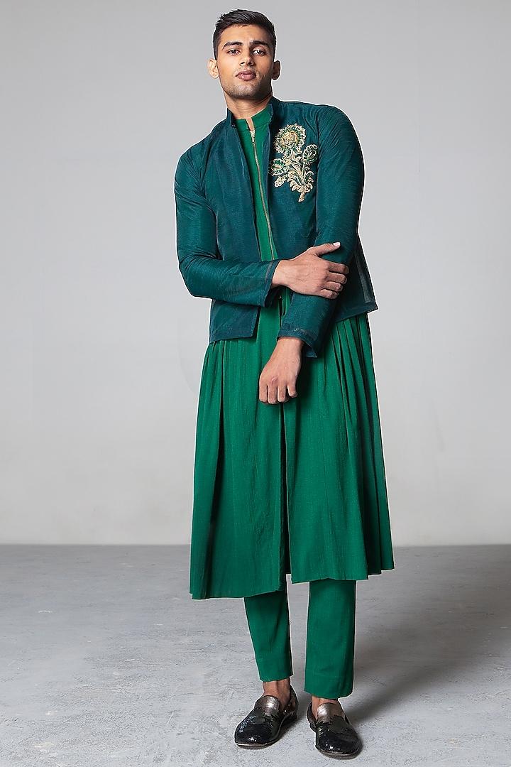 Emerald Green Zari Jacket Set by Siddartha Tytler Men