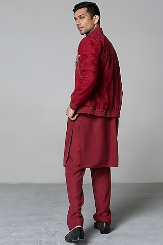 Maroon Zari Jacket Set by Siddartha Tytler Men
