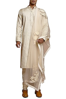 Ivory Pintuck & Patchworked Kurta Set by Siddartha Tytler Men