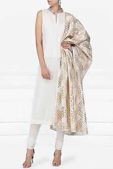 Ivory Gota Patti Embellished Kurta Set by Siddartha Tytler