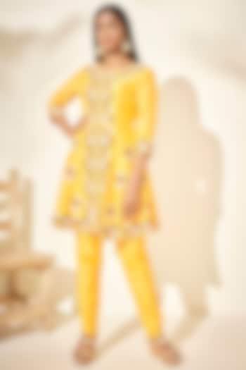 Yellow Motif Embroidered Kurta Set by Suruchi Parakh