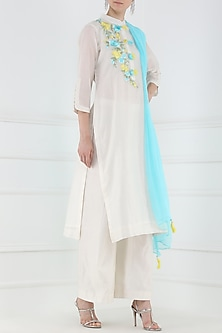 White Embroidered and Tassel Buttons Kurta and Palazzo Pants Set by Surabhi Arya