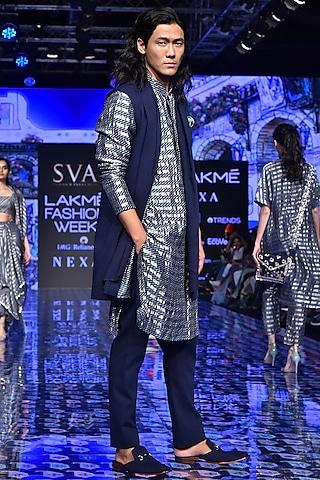 Midnight Blue Denim Bundi Jacket by SVA BY SONAM & PARAS MODI Men