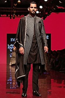 Black Pleated Kurta Set by SVA BY SONAM & PARAS MODI Men