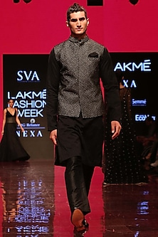 Black Textured Bundi Jacket by SVA BY SONAM & PARAS MODI Men