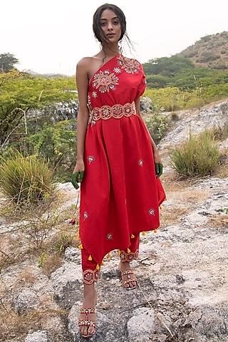 Red Asymmetrical Cape With Pants by Swati Vijaivargie