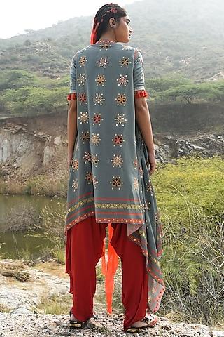 Grey Embroidered Pant Set by Swati Vijaivargie