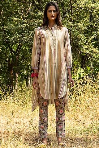 Beige Printed Tunic Set by Swati Vijaivargie