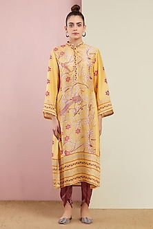 Yellow Embroidered Kurta With Pants by Swati Vijaivargie