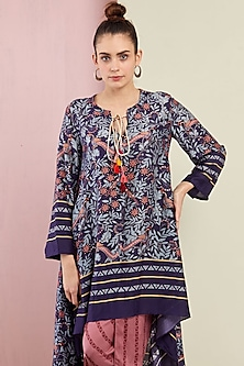 Navy Blue Embroidered Kurta With Pants by Swati Vijaivargie