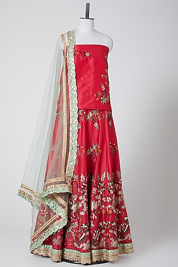 Red Embroidered Lehenga Set by Swati Jain