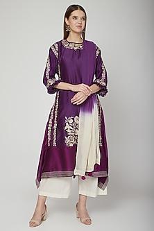 Purple Embroidered Kurta Set by Swati Jain