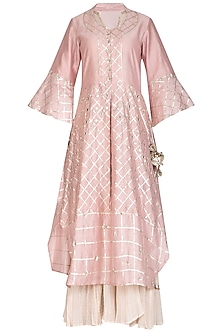 Onion Pink & Beige Embroidered Kurta Set by Swati Jain