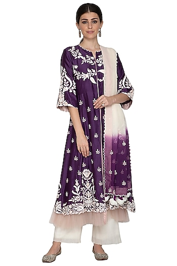 Purple Embroidered Kurta Set by Swati Jain