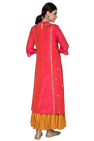 Dark Pink Embroidered Kurta With Inner & Dupatta by Swati Jain