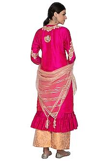 Fuchsia Embroidered Kurta Set by Swati Jain
