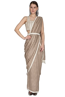 Oyster Embroidered Saree Set With Belt by Swatee Singh
