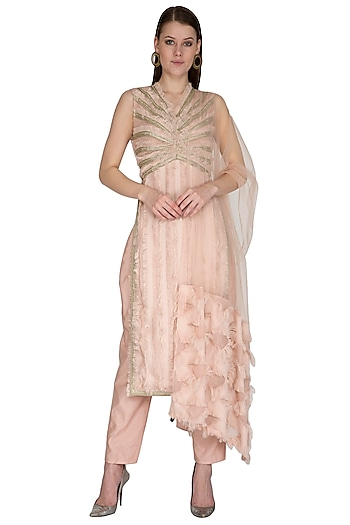 Blush Pink Hand Embroidered Kurta Set by Swatee Singh