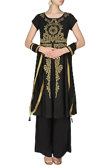 Black handcut motif back earthen gilden tunic and pants set by SWGT By Shweta Gupta