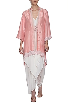 Pink embroidered kurta with pants by SWATI JAIN