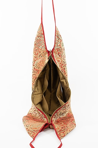 Red Jhola Bag With Tassels by THAT GYPSY