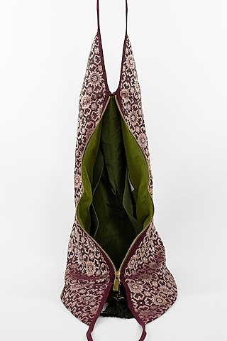Wine Jhola Bag With Tassels by THAT GYPSY