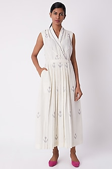 Off White Pleated Dress by Tahweave