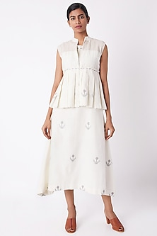 Off White Pleated Short Overlayer Top by Tahweave
