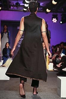 Black Khadi Straight Pants by Tahweave
