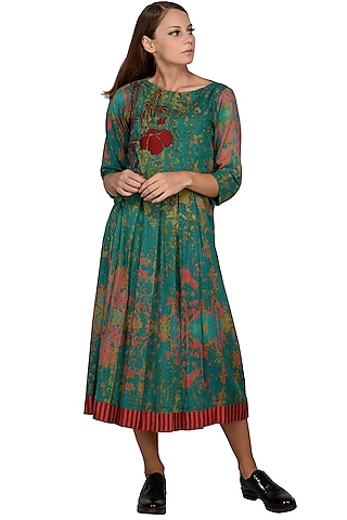 Green Printed & Embroidered Midi Dress by Taika By Poonam Bhagat