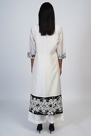 Ivory & Black Embroidered Tunic Set by Taika By Poonam Bhagat