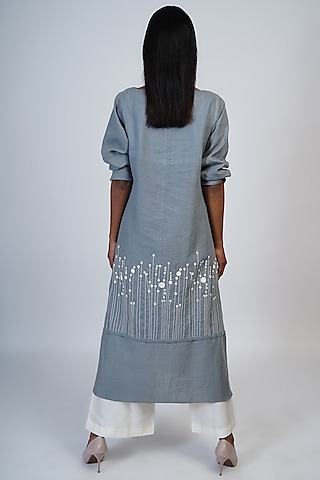 Grey & Ivory Embroidered Tunic Set by Taika By Poonam Bhagat