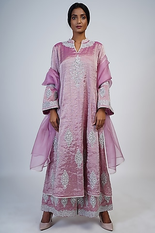 Lilac Rose Embroidered Kurta Set by Taika By Poonam Bhagat