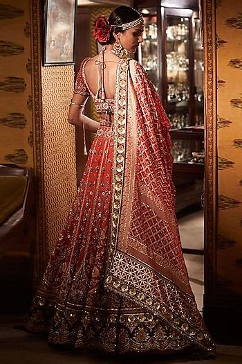 Red Embroidered Bridal Lehenga Set by Tarun Tahiliani