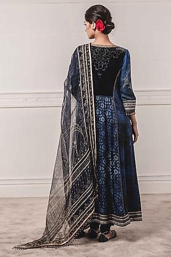 Indigo Blue Embroidered Kurta Set by Tarun Tahiliani