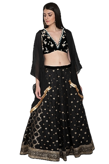 Black Embroidered Lehenga Set by Tara Thakur