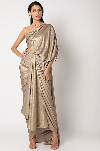 Golden Pre-Draped Saree Set by Tarun Tahiliani