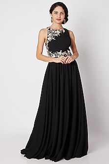 Black Floral Embroidered Cross-Back Gown by Tamaraa By Tahani