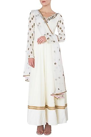 Off White Embroidered Anarkali Set by Trisha Dutta