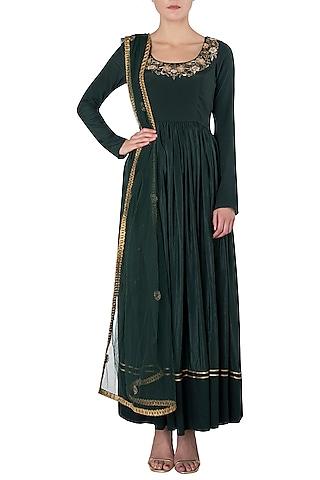 Emerald Green Embroidered Anarkali Set by Trisha Dutta