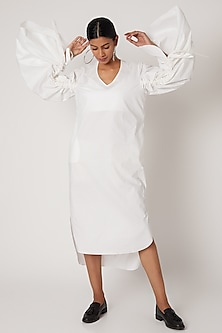 White Tunic Top With Gathered Sleeves by The Grey Heron